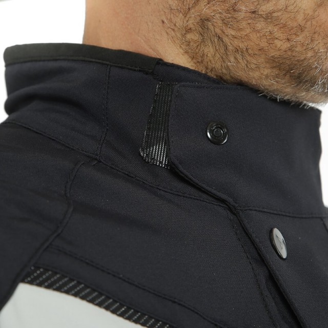 DAINESE CARVE MASTER 2 D-AIR GORE-TEX JACKET - NECK
