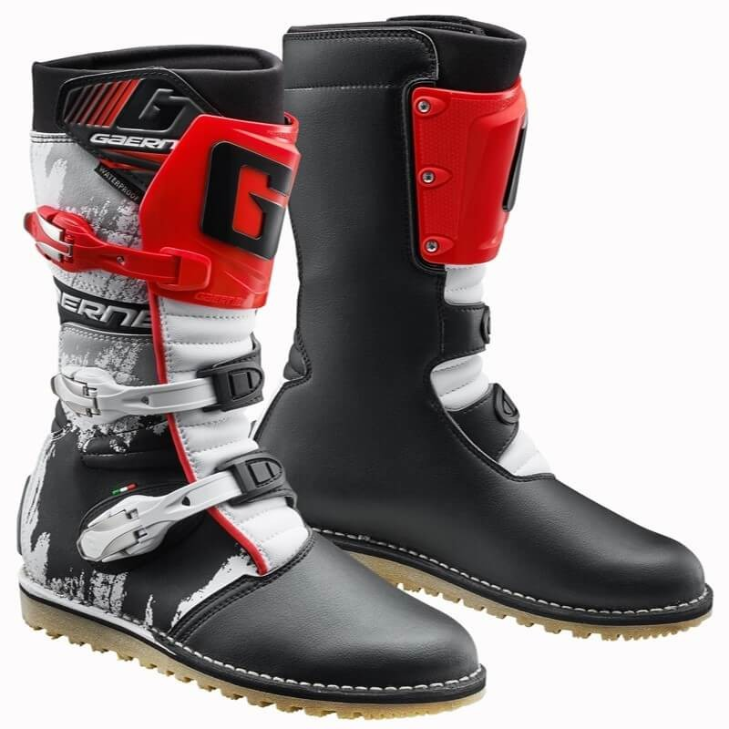 GAERNE BALANCE CLASSIC TRIAL BOOTS - BLACK RED